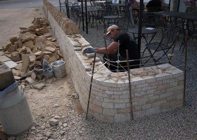 bellelay-trockenmauer-kurve-verkeilen
