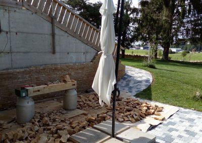 le-noirmont-baustelle-fur-wandverzierung-mit-natursteinen